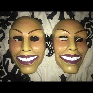 Lot of two purge masks